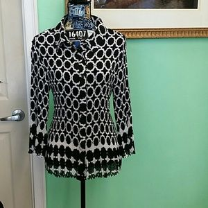 EUC dressbarn 1x black and white long sleeve top